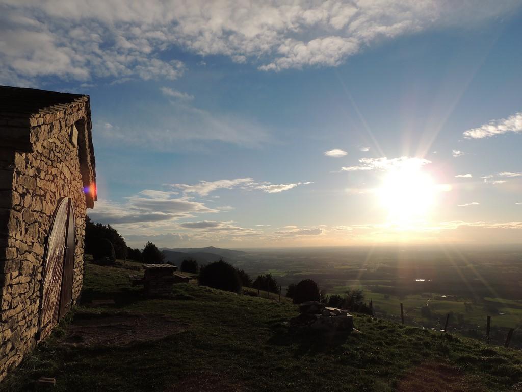 Le gîte au sommet du Mt Myon